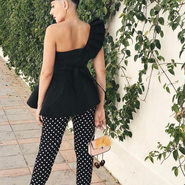 Total Look by coellocasado maricelpesce1982 lleva top pantaln de lunareshellip