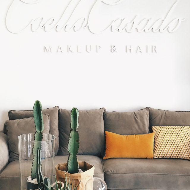 Has visto la nueva decoracin de nuestro saln? Cactus colorhellip